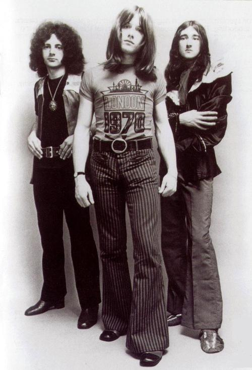 ATOMIC ROOSTER picture