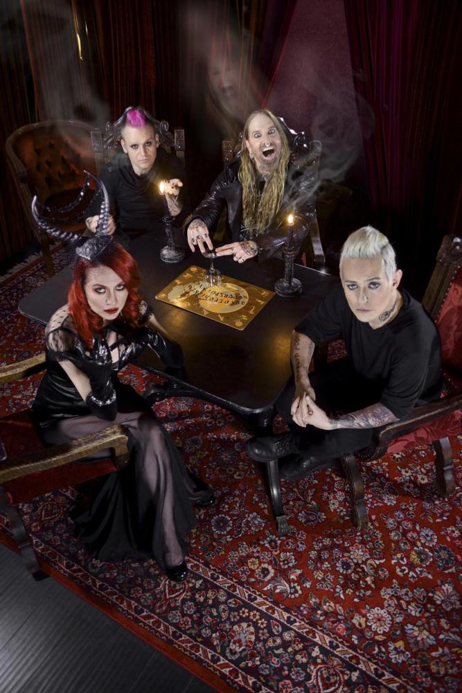 COAL CHAMBER picture
