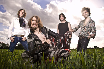 THE DARKNESS picture