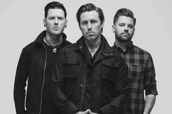 EIGHTEEN VISIONS picture