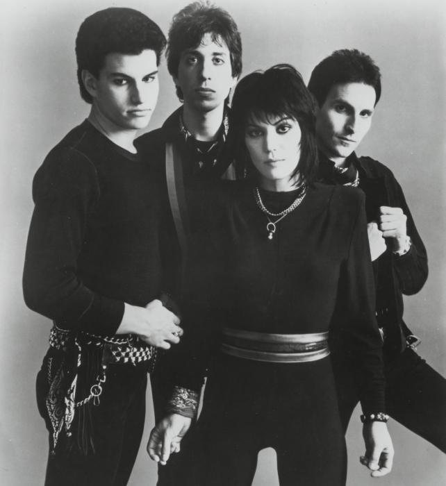 JOAN JETT AND THE BLACKHEARTS picture