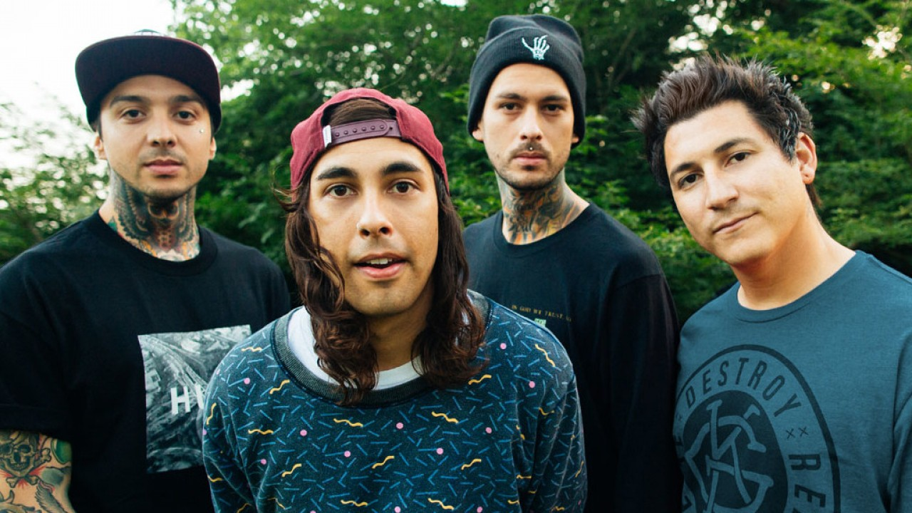 PIERCE THE VEIL picture