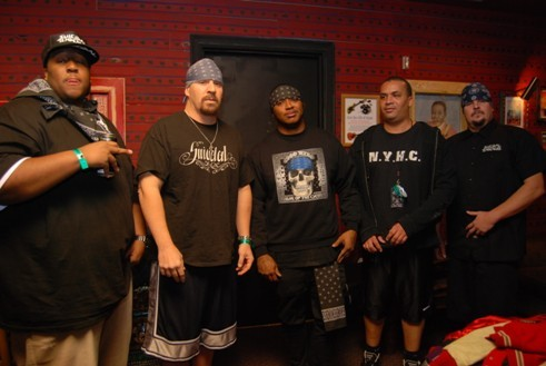 SUICIDAL TENDENCIES picture