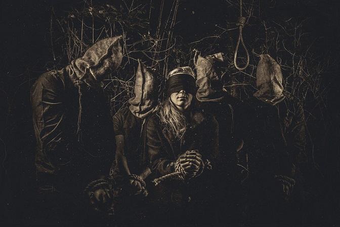 THE CORONA LANTERN picture