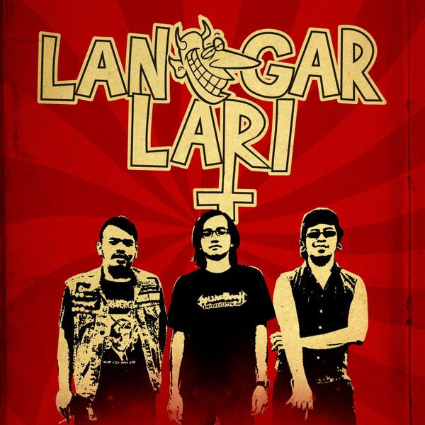LANGGAR LARI picture